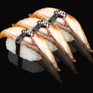 Суши нигири с угрем Фото