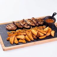 Мясо с картошкой Фото