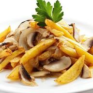 Картофель с грибами и луком Фото