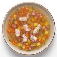 Суп гороховый с копченостями Фото