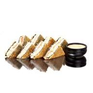 Сендвич хот с лососем Фото