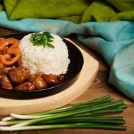 Курица в соусе BBQ с рисом Фото