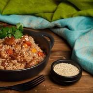 Рис wok с курицей Фото