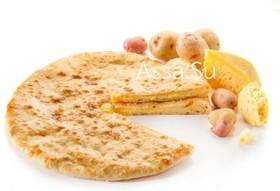Пирог с осетинским сыром и картошкой - Фото