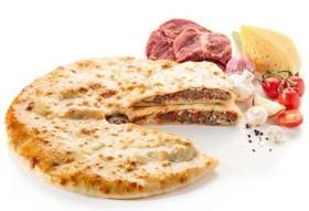 Пирог говядина, сыр, грибы, помидоры - Фото