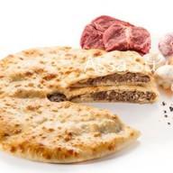 Пирог с мясом и грибами Козо-фыдджин Фото