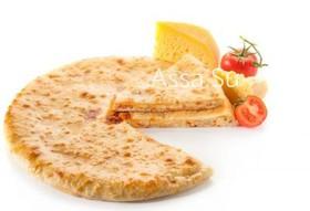Пирог с осетинским сыром и помидорами - Фото