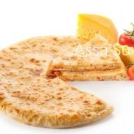 Пирог с осетинским сыром и помидорами Фото