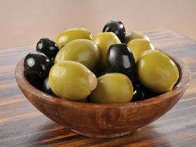 Маслины и оливки Гиганты - Фото