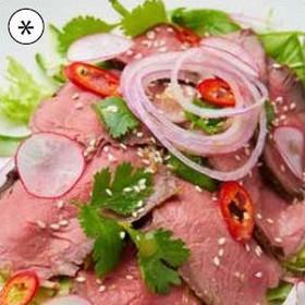 Теплый салат с ростбифом - Фото
