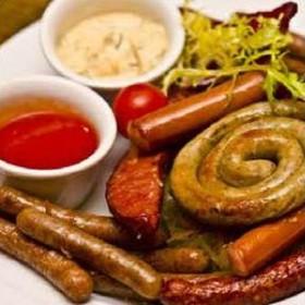 Ассорти из колбасок - Фото