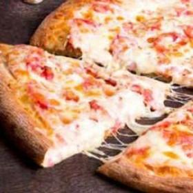 Домашняя пицца от шеф-повара - Фото