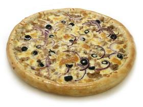 Пицца с тунцом - Фото