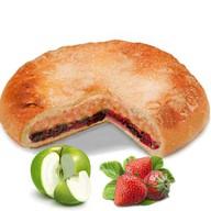Пирог с яблоком и клубникой Фото