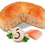 Пирог с лососем и грибами Фото