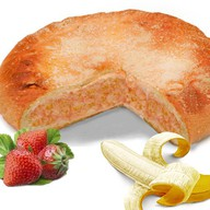 Пирог с бананом и клубникой Фото