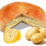 Пирог с картошкой и соленым сыром Фото