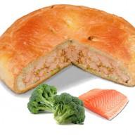 Пирог с семгой и брокколи Фото