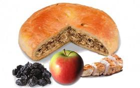 Пирог с курицей, яблоками и черносливом - Фото