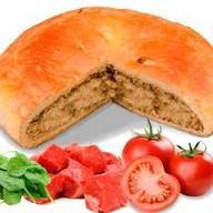 Пирог с бараниной, помидорами и шпинатом Фото