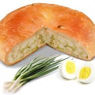 Пирог с яйцом и зелёным луком Фото