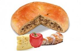 Пирог с курицей, сыром и перцем - Фото