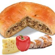 Пирог с курицей, сыром и перцем Фото