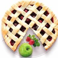 Песочный пирог с яблоком и клубникой Фото