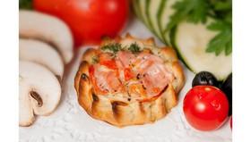 Перепечки с ветчиной и томатом - Фото