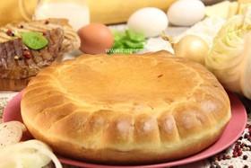 Пирог с говядиной, свининой и капустой - Фото