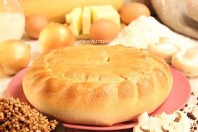 Пирог с гречневой кашей, грибами, луком - Фото