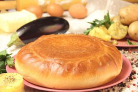 Пирог с картофелем и баклажанами - Фото