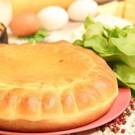 Пирог с горбушей, капустой и томатами Фото