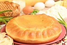 Пирог с окороком и зеленым луком - Фото