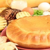 Пирог с печенью ягненка и картофелем Фото