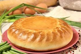 Пирог с фасолью, яйцом и зеленым луком - Фото