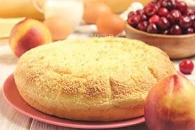 Пирог с вишней и персиком - Фото