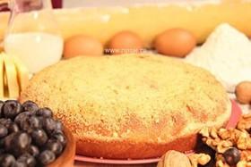 Пирог с орехом и черникой - Фото