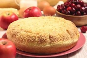 Пирог с яблоком и вишней - Фото