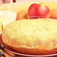 Пирог с яблоком и черникой Фото