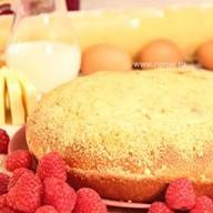 Пирог с орехами и малиной Фото