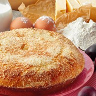Пирог со сливой и вишней Фото