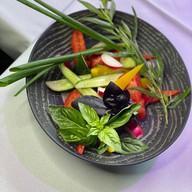 Букет из свежих овощей Фото