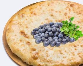 Осетинский творожный пирог с черникой - Фото