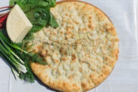 Осетинский пирог сыр, свекольные листья - Фото