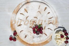 Творожный пирог с вишней - Фото
