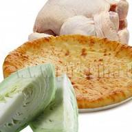 Осетинский пирог с курицей и капустой Фото