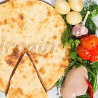Осетинский пирог с курицей и картошкой Фото