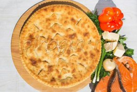 Осетинский пирог с сёмгой и сыром - Фото