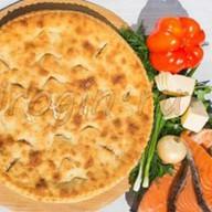 Осетинский пирог с сёмгой и сыром Фото